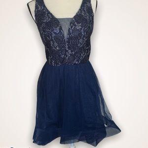 Star Vixen Short Dress/size 11/ junior dress